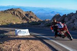 Carlin Dunne auf der Ducati Multistrada 1260 beim Pikes Peak International Hill Climb 2018 (PPIHC).
