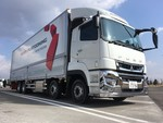 Daimler testet Truck Platooning mit einem Fuso Super Great in Japan.