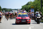 Das berühmte Red Car der Tour de France: ein Skoda Superb.