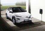 Hyundai Kona Elektro an einer Wallbox.