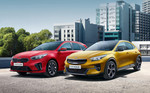 Kia Ceed Sportswagon Plug-in Hybrid und Kia XCeed Plug-in Hybrid (links).