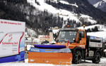 Winterdienst in Schladming mit Mercedes-Benz Unimog.
